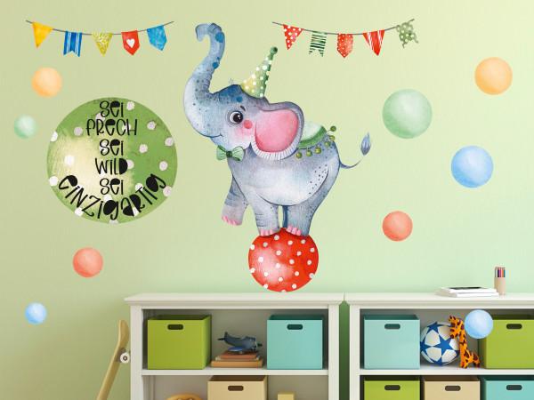 Wandtattoo Kinderzimmer, Elefant im Zirkus mit Spruch